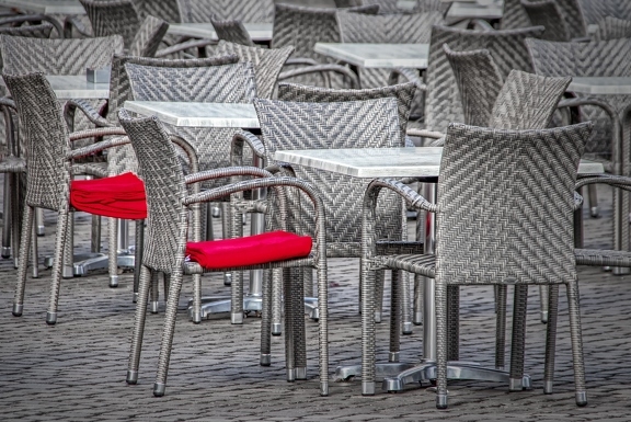 chairs-4033042